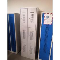 Locker 6 deurs met plint